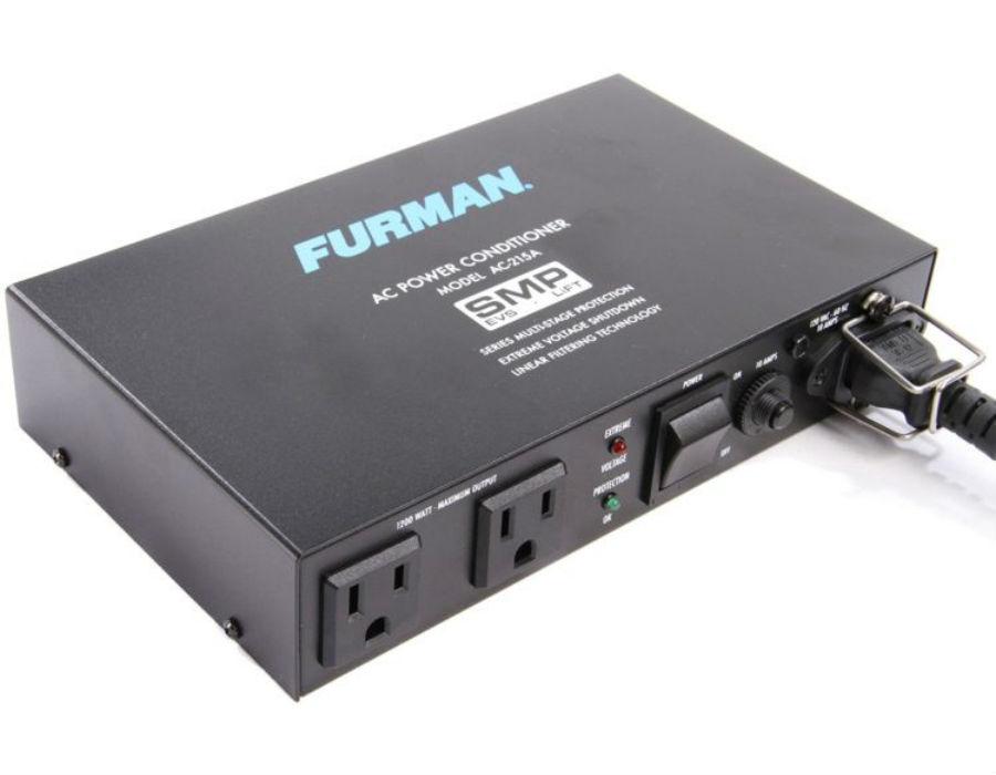 Furman AC-215A